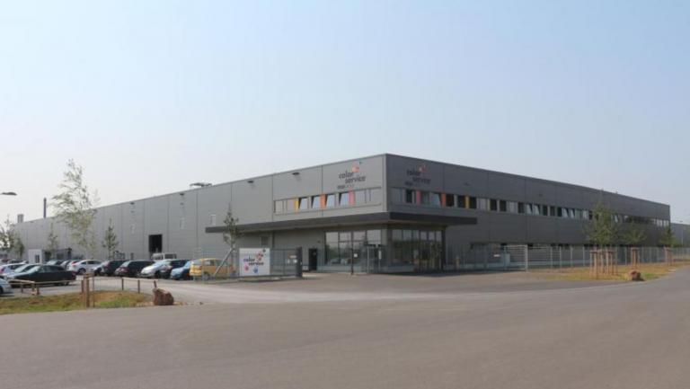 Produktionsgebäude mit Büro Karlstein