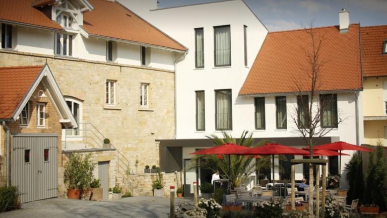 Weinhaus Henninger Kallstadt